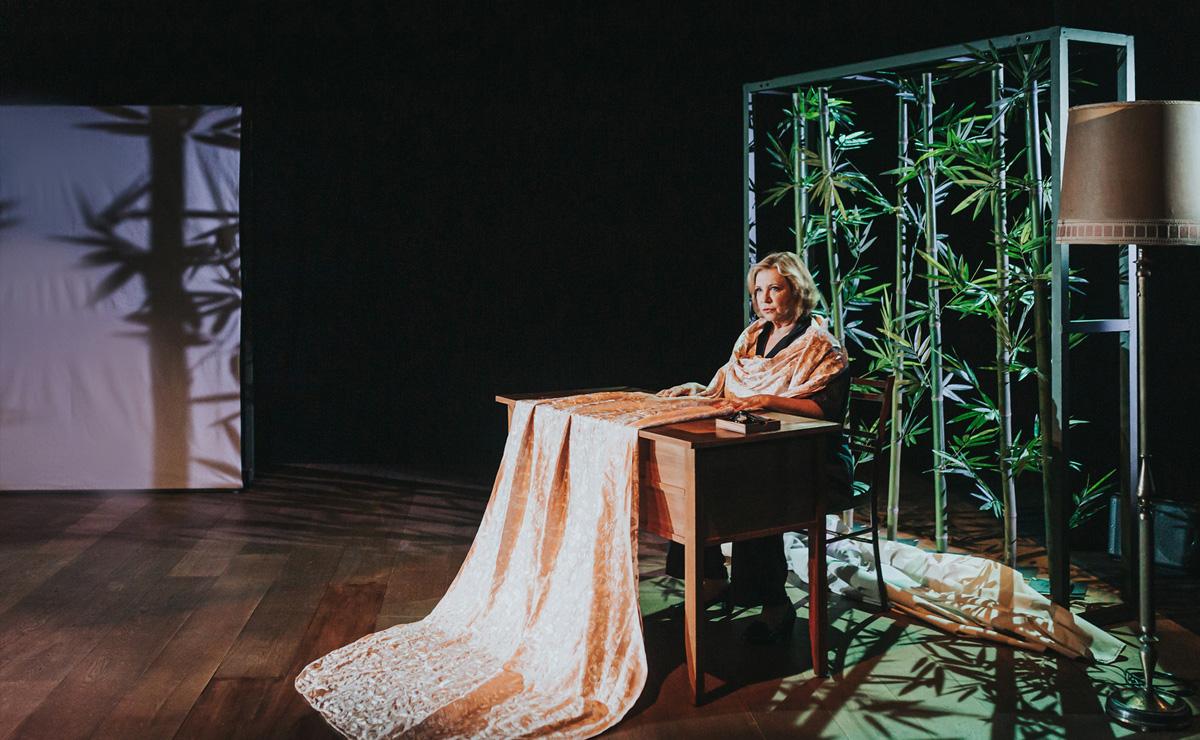 paradisos-oceanics-teatre-akademia-03