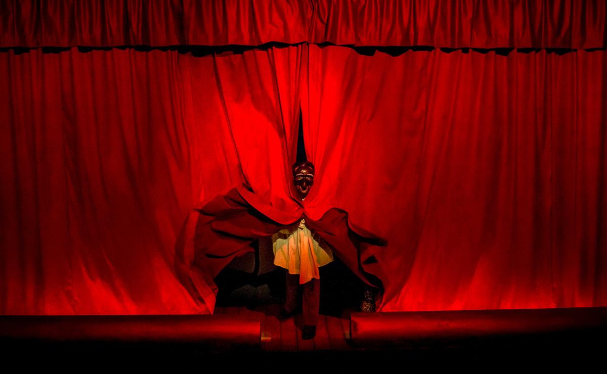 sik-sik-y-otros-teatre-akademia-02